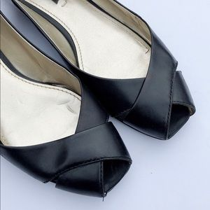Nine West Black Leather Peep Toe Flats Sandals 8.5